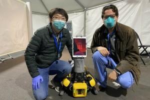 机器人活泼在抗疫一线成人类好帮手